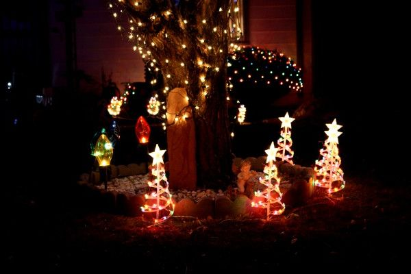 a - Christmas Yard Decorations