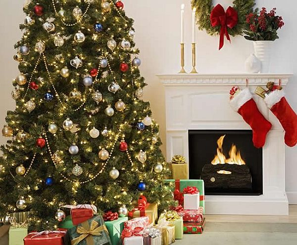 view in gallery - Ways To Decorate A Christmas Tree