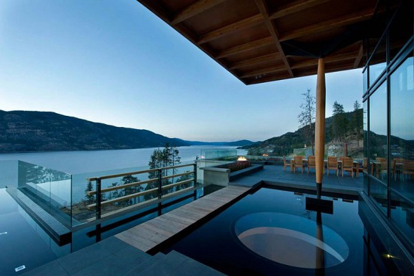 Custom Private Home in British Columbia by David Tyrell Architecture 11