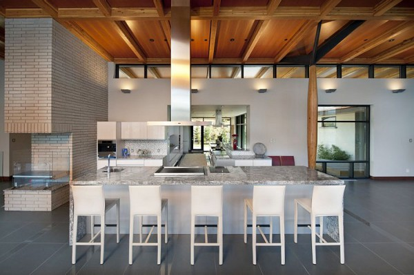 Custom Private Home in British Columbia by David Tyrell Architecture 17