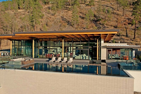 Custom Private Home in British Columbia by David Tyrell Architecture 4