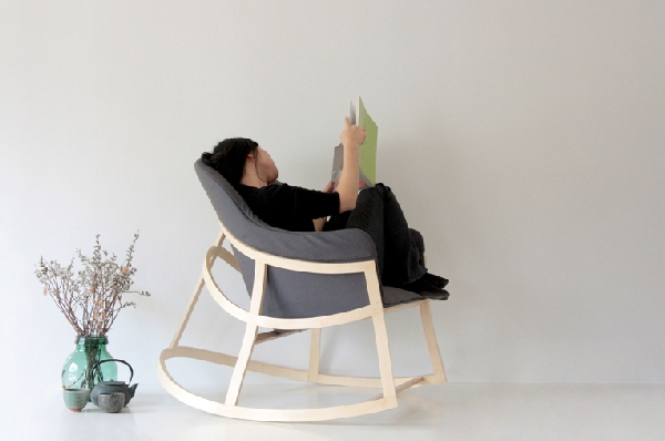 Dancing Chair (2)