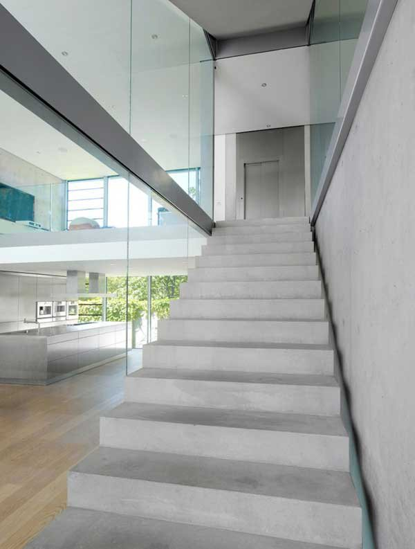 Four-Story High House R by Architect Roger Christ 23