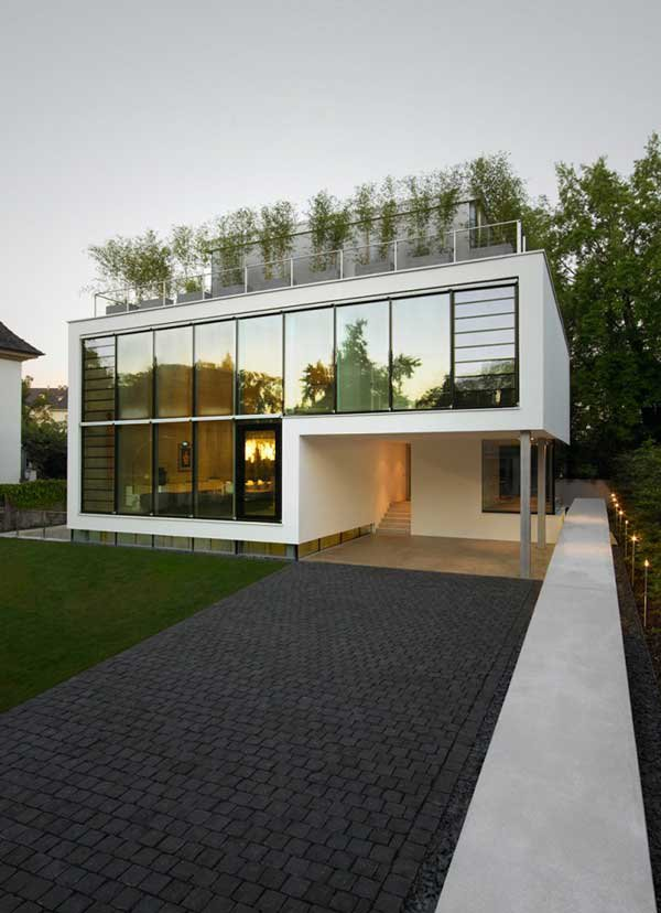 Four-Story-High-House-R-by-Architect-Roger-Christ-7