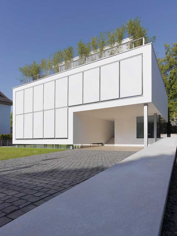 Four-Story-High-House-R-by-Architect-Roger-Christ-9