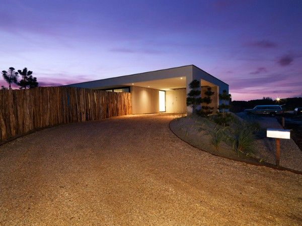 House-S-by-Grosfeld-van-der-Velde-Architecten-1