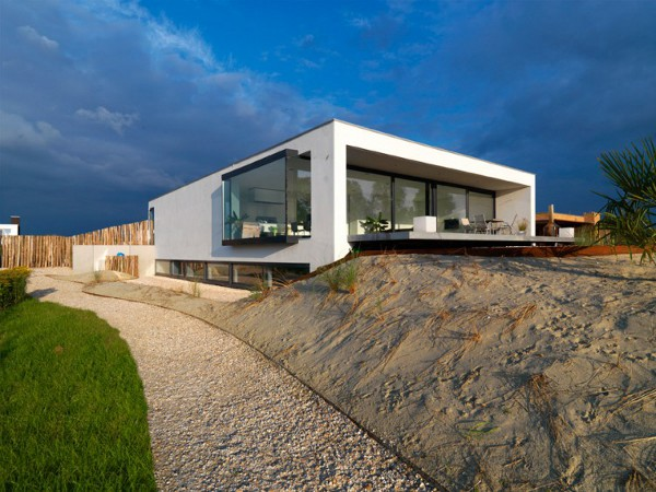 House-S-by-Grosfeld-van-der-Velde-Architecten-6