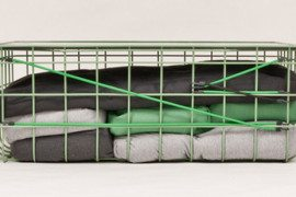 Wire box acting as a table/stool/chair: Kuli by Felix Haeffner and Julia Wolf