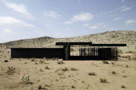 Interesting vacation retreat in the Californian desert: Rosa Muerta