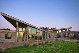 Seaside Escape in Bodega Bay is a Cool Retreat