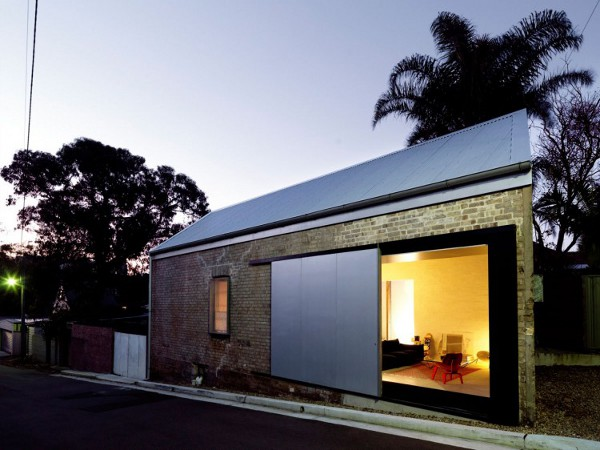 The Shed by Richard Peters Associates 1 Shed Project at NSW Stands tall on a Small Budget