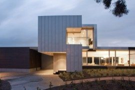 Melbourne Tramway Residence is a Big and Trendy Dream Home