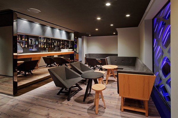 Tori-Tori-Restaurant-by-Rojkind-Arquitectos-and-Esrawe-Studio-101