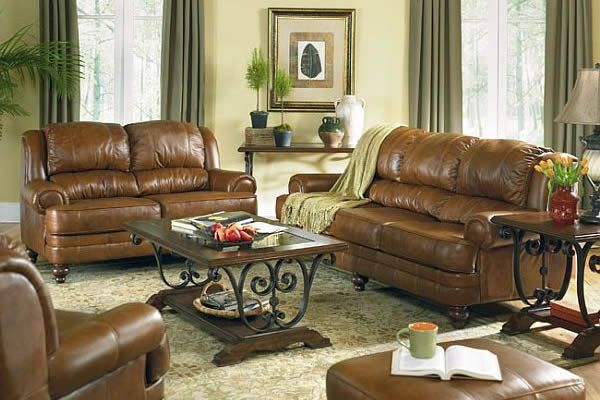 Usher in old world charm with traditional living room for Classic living room furniture