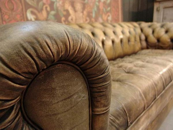 Vintage Leather Sofa 1 Vintage Style Leather Sofas Could Add to the Retro Look
