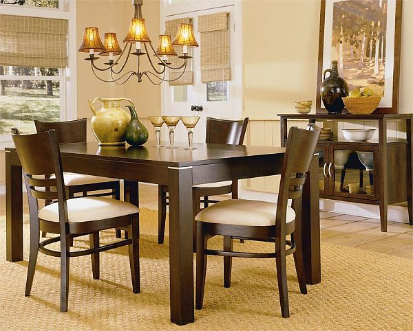 Casual dining rooms decorating ideas for a soothing interior for Small casual dining sets