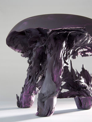 gravity-stool