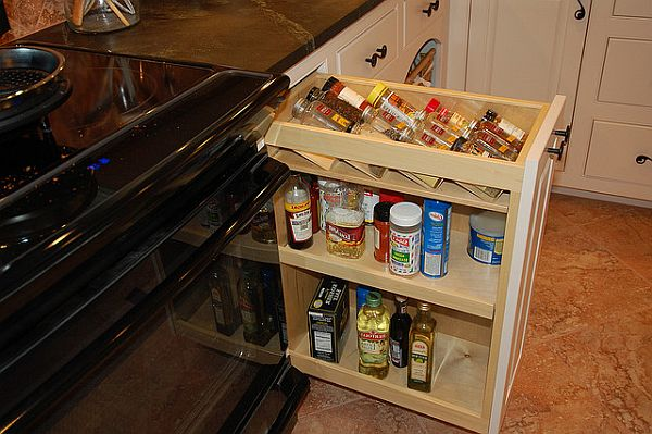 kitchen pullout and drawers 2 Kitchen Storage Ideas: Organize Drawers & Pullout Pantries