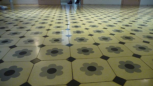 tile flooring cleaning Ways to Protect Tile Flooring: Seal Grout