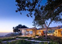 Carpinteria Foothills Residence in California Reveals Spectacular Landscape and Vision