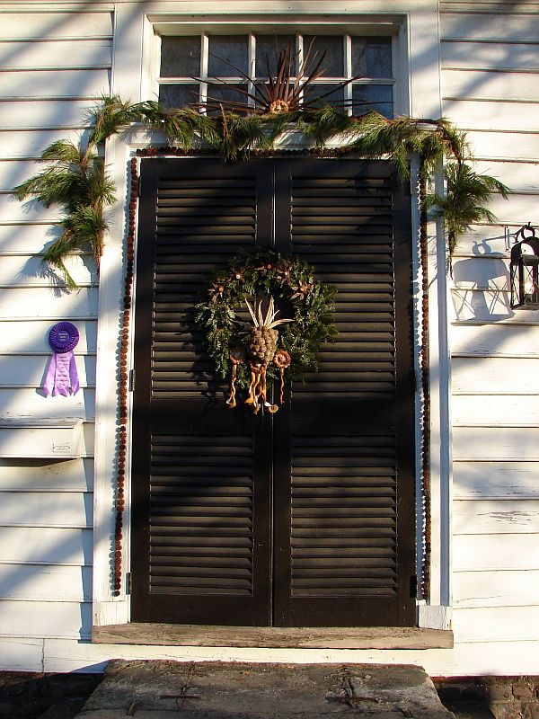 Christmas Door Decorations 2 Ideas for Christmas Door Decorations