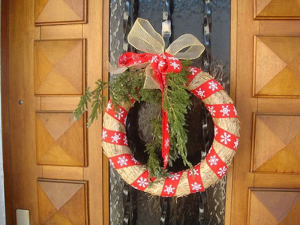Decorating Ideas > Christmas Door Decorations  Decoist ~ 105446_Christmas Decoration Ideas Door