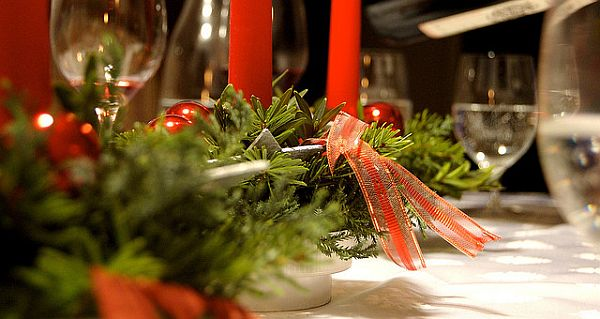 Christmas Table Decorations Inspiration 3