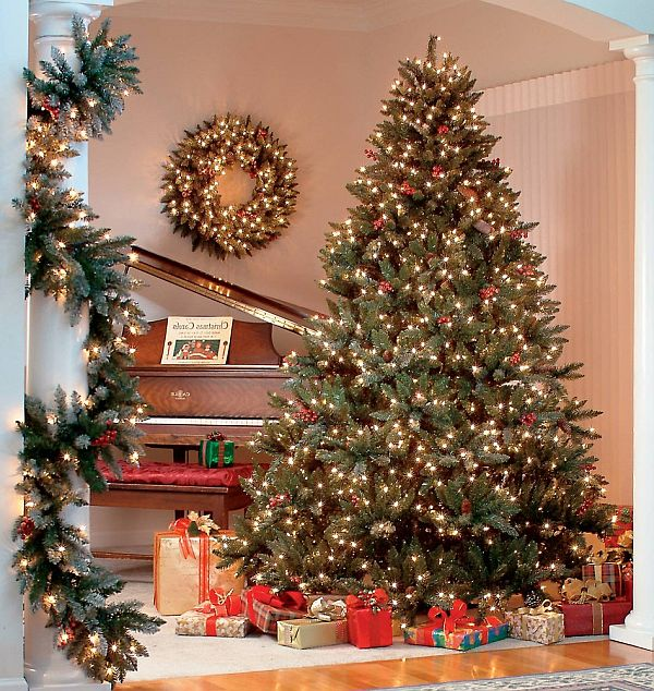Christmas tree themes making xmas really worthy Sample christmas tree decorating ideas