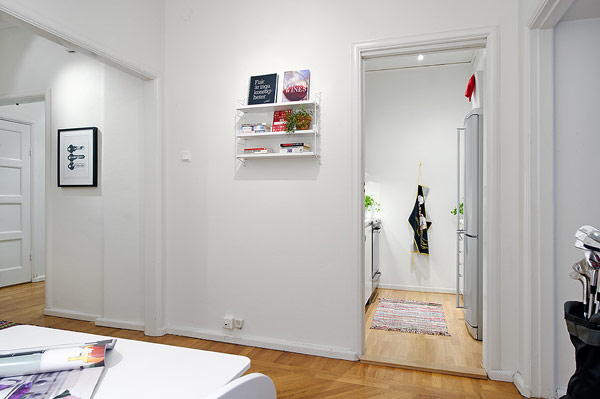 Contemporary Apartment by Alvhem 7