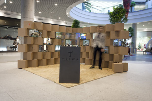 Cool Pop Up Store Made With Carton Boxes