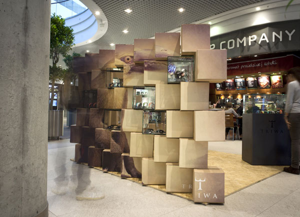 Cool Pop-up Store Made with Carton Boxes 5
