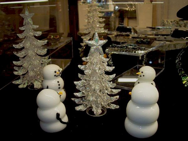 view in gallery - Unique Christmas Decorations