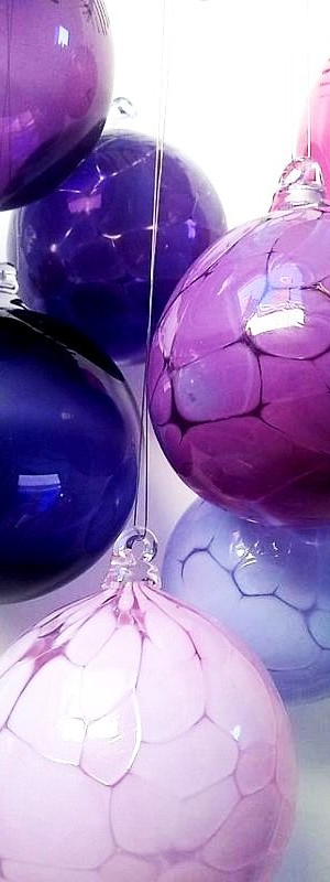 Hand blown unique Christmas ornaments 4