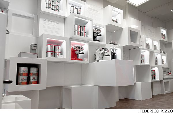 Illy-Temporary-Shop-5