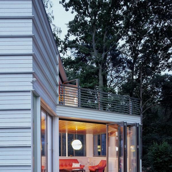 Lakeshore-House-by-Archibald-Buro-6