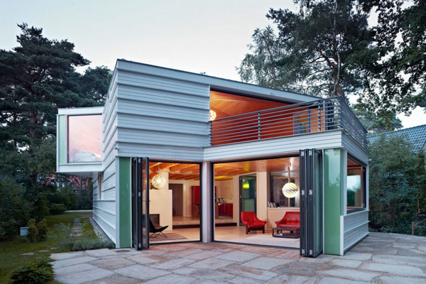 Lakeshore-House by-Archibald-Buro