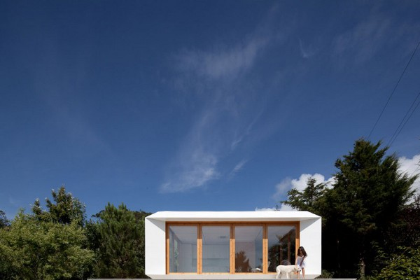 MIMA House 1 MIMA House by MIMA Architects