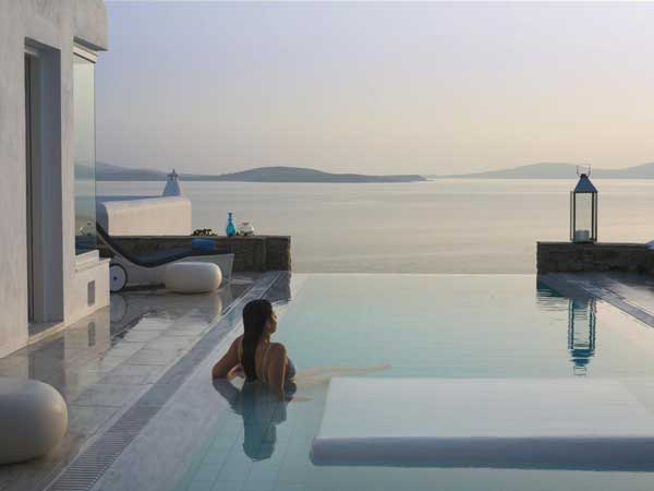Mykonos Grand Hotel 1 Exotic Mykonos Grand Hotel Welcomes You to Apollo's Birthplace