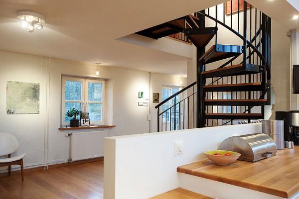 Open-Plan Apartment 8