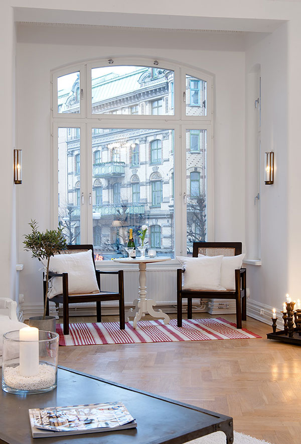 Scandinavian Apartment 10