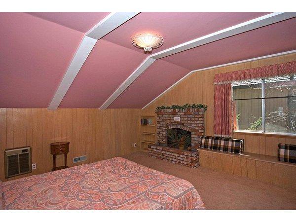 Skyland Lakefront Home Rental 15