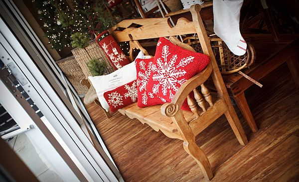 Traditional Christmas Decorations 6