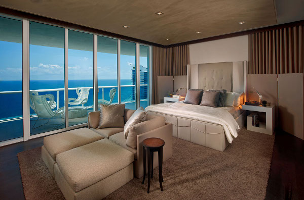 Trump-Hollywood-3605-Master-bed