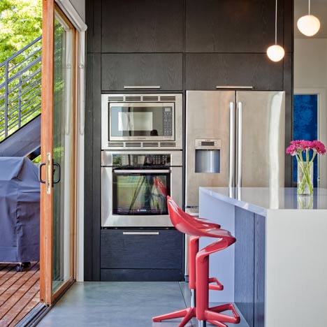 fresh-idea-of-small-house-design-for-young-couple-6