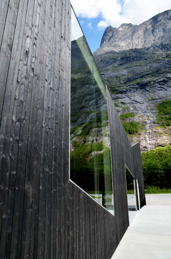 trollwall-restaurant-reiulf-ramstad-architects (5)