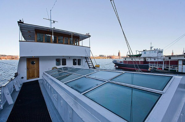 Barge House 20