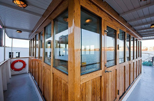 Barge House 21