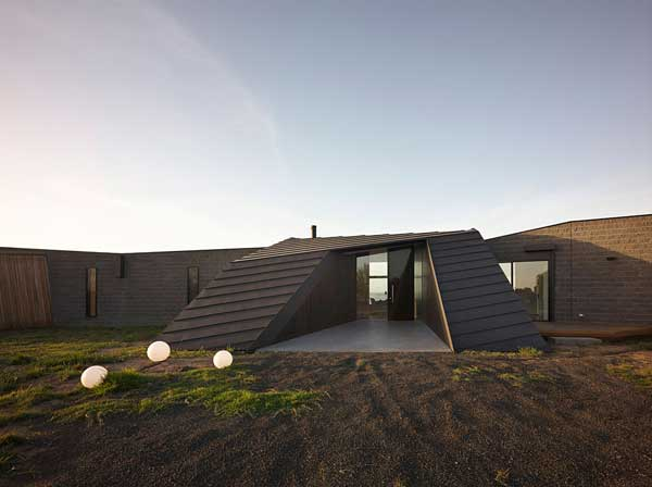 Beached House (4)