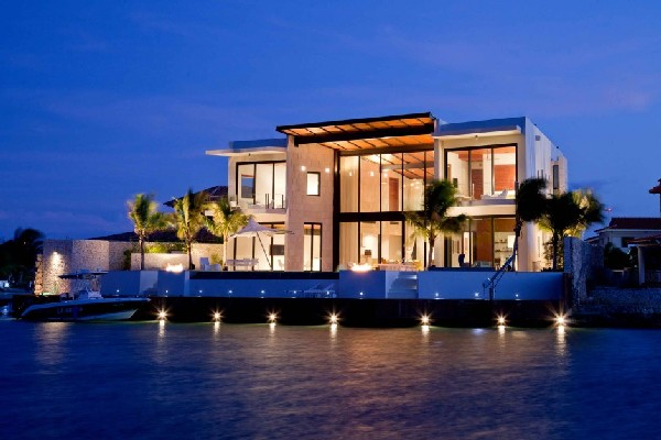 Bonaire Residence 1 Waterfront dream home on a Caribbean island: Bonaire Residence