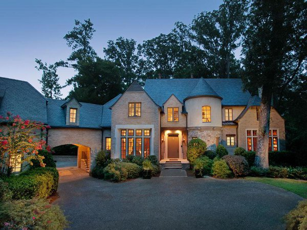 Buckhead residence is stylishly appealing for Dream homes in atlanta